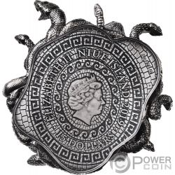 MEDUSA Amulet of Power 8 Oz Silver Coin 15$ Niue 2019